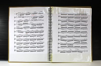 画像2: 楽譜ファイル 〜楽譜を入れたまま書き込める!〜
